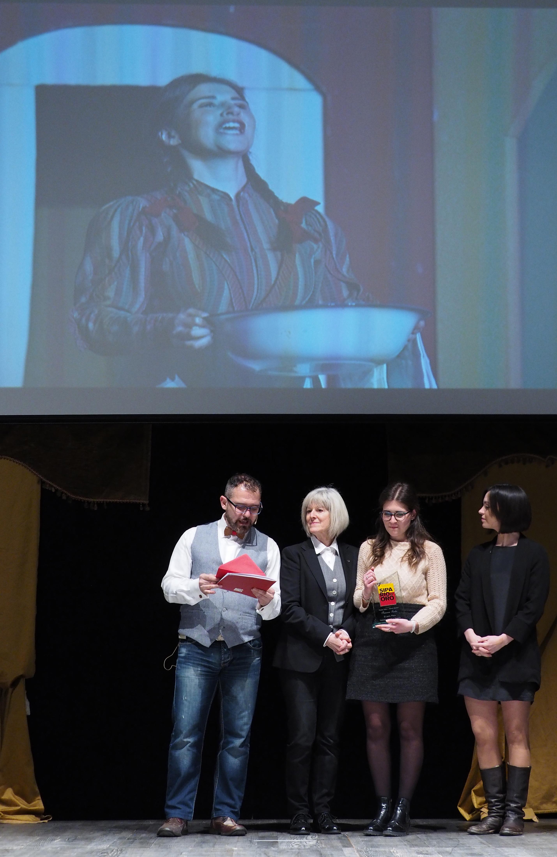 Promessa del teatro amatoriale Premio Alberta e Fabio Barberi - Francesca Santuz de La Compagnia Teatrale La Barcaccia di Verona